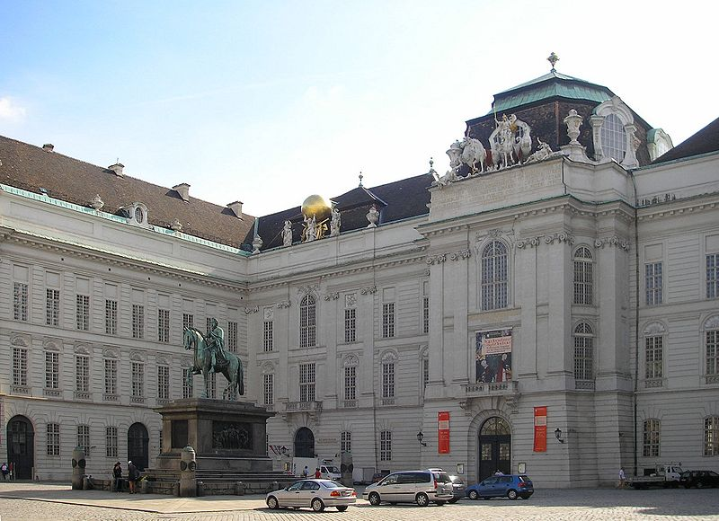 Datei:Hofbibliothek Vienna Sept 2006.jpg
