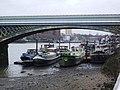 Houseboats at Cremone Bridge, Battersea Reach - geograph.org.uk - 647464.jpg