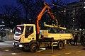 IVECO Eurocargo 150-250 GSP Beograd 8100 odnosi palu panderu.jpg