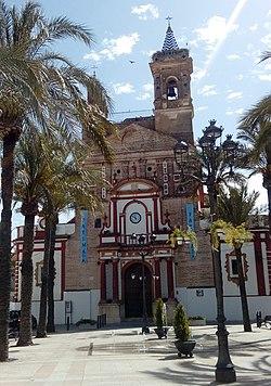 A igreja de Santa María la Blanca na Plaza de Andalucía