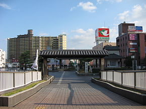 JR Kusatsu Station East Gate View 200711.jpg