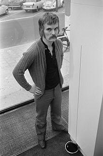 Jan van Munster Dutch sculptor and installation artist (born 1939)