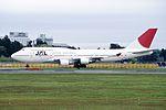 Japan Airlines Boeing 747-446 (JA8088-26341-902) (15315430868).jpg