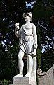Jardí de Montfort, estàtua de Mercuri.JPG