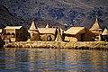 Jezero Titicaca - plovoucí ostrovy Uros - panoramio (2).jpg