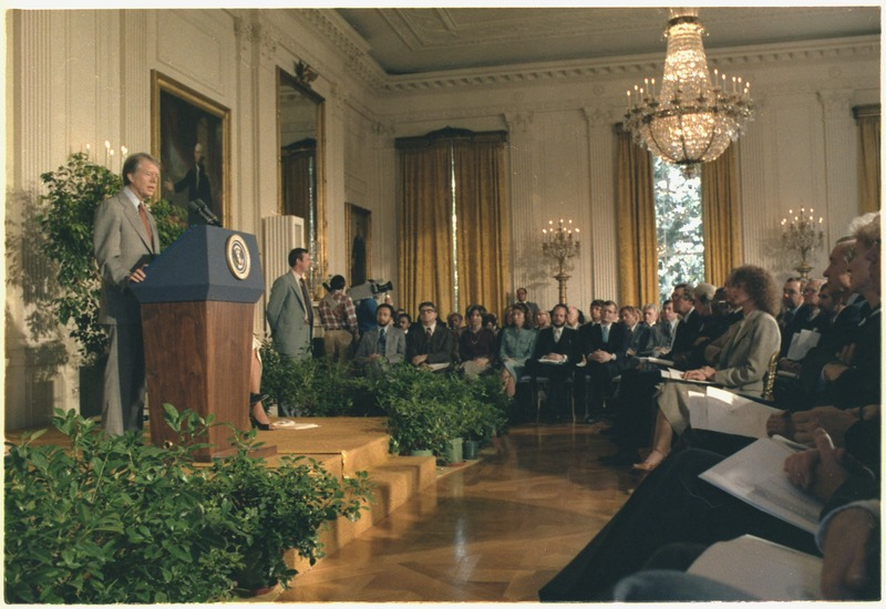 File:Jimmy Carter hosts a ceremony commemorating the 30th Anniversary of the Universal Declaration of Human Rights. - NARA - 182626.tif