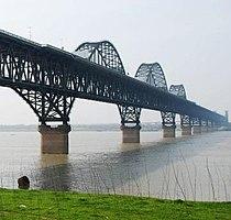 Jiujiang Yangtze River Bridge-2.jpg