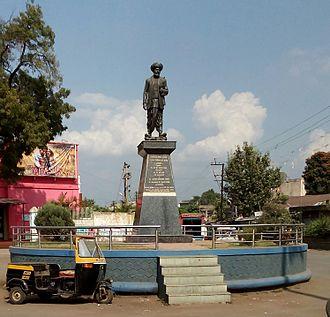 Jyotirao Phule - A statue of Jyotiba Phule in the town of Karad, Satara district