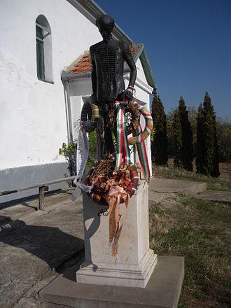 Săuca - Statue of Ferenc Kölcsey in Săuca