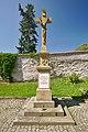 Kříž vedle kostela, Pustiměř, okres Vyškov.jpg