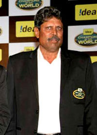 Kapil dev cropped.jpg