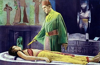 The Mummy (1932 film) - Boris Karloff and Zita Johann in a climactic scene from the movie.