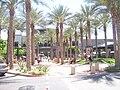 Kierland - B&N Plaza - 2008-04-14.JPG