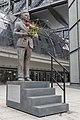 Klaas heufer-umlauf statue berlin 3.jpg
