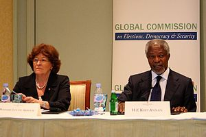Kofi Annan Foundation - Kofi Annan and Louise Arbour at the 2012 launch of the report