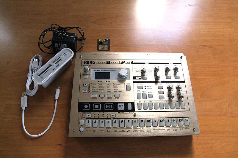 File:Korg Electribe S mk2 & accessories.jpg