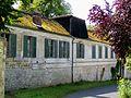 L'Isle-Adam (95), château de Stors, dépendances - pavillon Valmy, XIXe s., côté rue.jpg