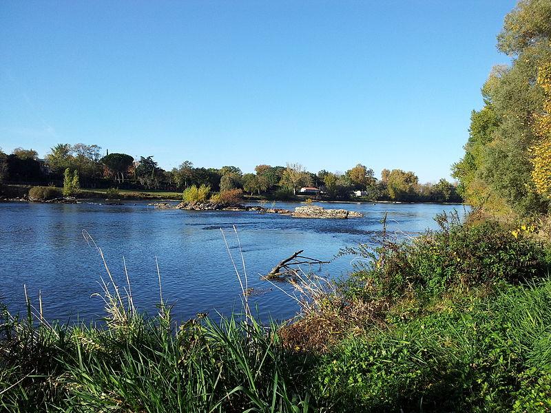 la Vis, une des plus belles rivières de France 800px-La_Garonne_au_sud_de_Toulouse