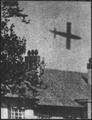 La Vie a Londres pendant la guerre. Vue d'un V-1 dans son vol. Life in London during the war. View of a V-1 in flight. - NARA - 541919.tif