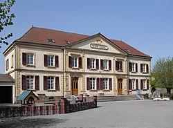 Lachapelle-sous-Rougemont, Mairie-école.jpg