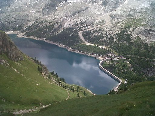 Lago di Fedaia from Viel dal pan