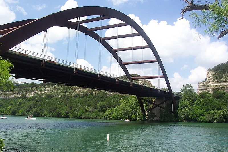 File:Lake Austin Pennybacker Bridge.JPG