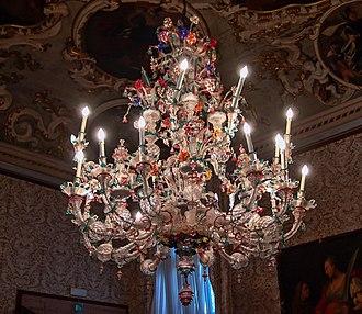 Ca' Rezzonico - Image: Lampadario in vetro di Murano Ca' Rezzonico, Venice
