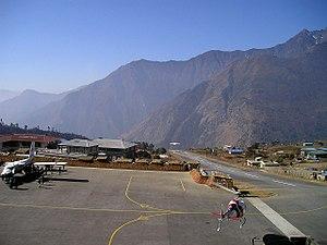 Lukla - Image: Landing at Lukla Airport, Nepal
