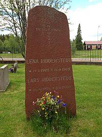 Lars Ridderstedt & Lena Ridderstedt grave 2015 Transtrand.jpg