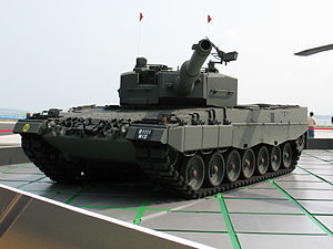 Singapore Army - Image: Leopard 2A4 Singapore Airshow 2008