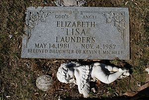 English: The grave of Lisa Launders