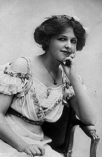 Marie Lohr. Early 1900s. LohrMarie.jpg