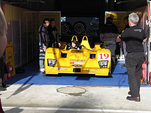 Lola B06/10 - The Chamberlain-Synergy Motorsport B06/10 at the 2007 24 Hours of Le Mans, showing the 2007-spec aerodynamic upgrades to the nose.