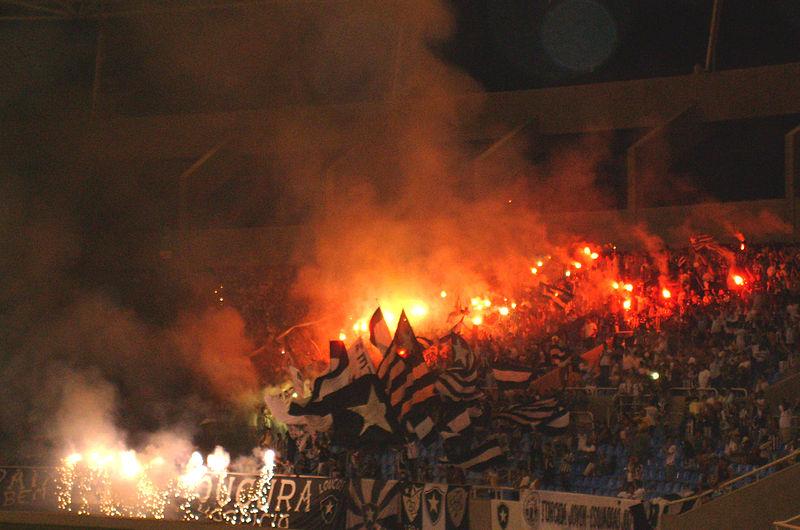 Ficheiro:Loucos pelo Botafogo.jpg