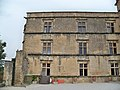 Lourmarin - chateau aile renaissance 2.jpg