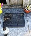Ludomy cemetery , Bernard Wiza tomb (1).jpg