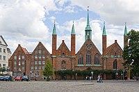 Luebeck-Heiligen-Geist-Hospital von Westen gesehen-20100905.jpg