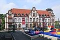 Mülheim adR - Synagogenplatz - Hajek-Brunnen + Alte Post 02 ies.jpg