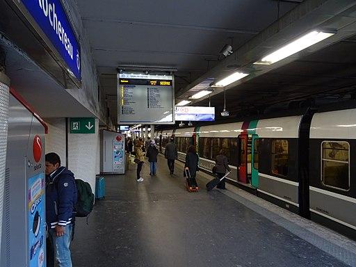 MI 79 à quai gare Denfert-Rochereau 2