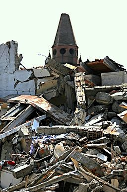 Macerie - Cavezzo - Province of Modena - 2012 Northern Italy earthquake.jpg
