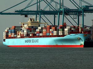 Maersk Kalamata, leaving Port of Rotterdam, Holland 12-Oct-2005.jpg