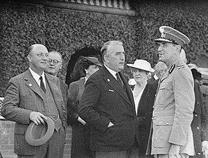 Alexander Mair - Premier Mair (left) with Prime Minister Robert Menzies (centre) and Governor Lord Wakehurst in March 1940. Mair was very critical of Menzies over the internment of enemy aliens during the war.
