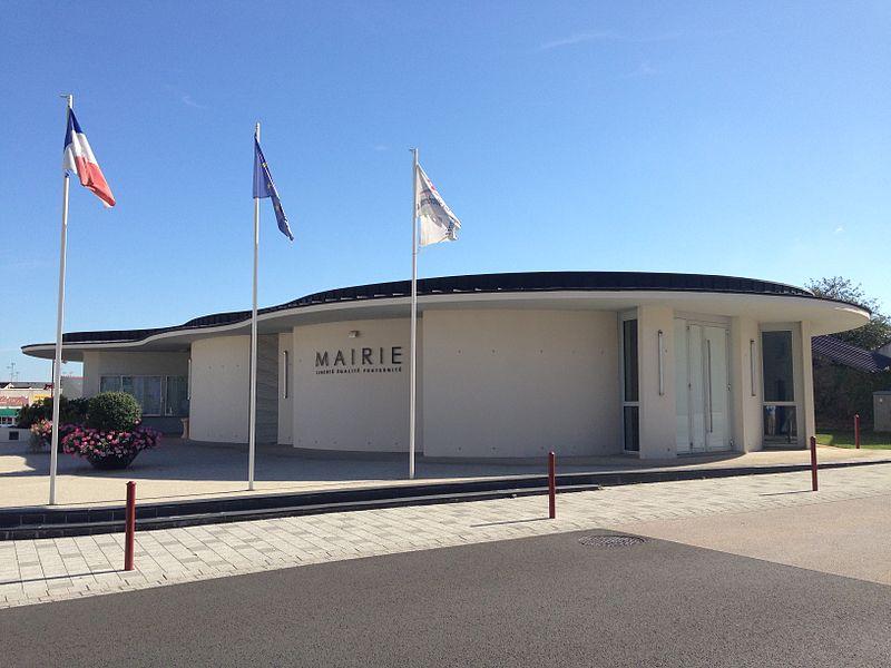 La mairie de La Membrolle-sur-Longuenée (Maine-et-Loire)