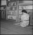 Manzanar Relocation Center, Manzanar, California. A corner in the library at this War Relocation Au . . . - NARA - 538176.tif