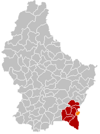 Map of Luxembourg with Remich highlighted in orange, the district in dark grey, and the canton in dark red