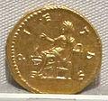 Marco aurelio e lucio vero, aureo per lucilla, 164-169 ca. 04.JPG