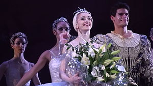 Marianela Núñez - Marianela Núñez alongside Thiago Soares takes a curtain call for Swan Lake, at the Opening of the Royal Ballet season 2008