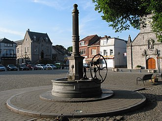 Hand pump - A rural handpump in Belgium.