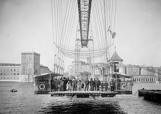 Old Port of Marseille - Image: Marseille Pont Transbordeur nacelle