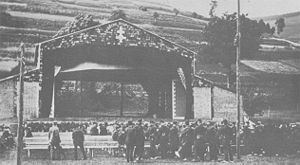 The Theatre du peuple at Bussang in 1895. Maurice Pottecher's Theatre du peuple at Bussang in 1895.jpg